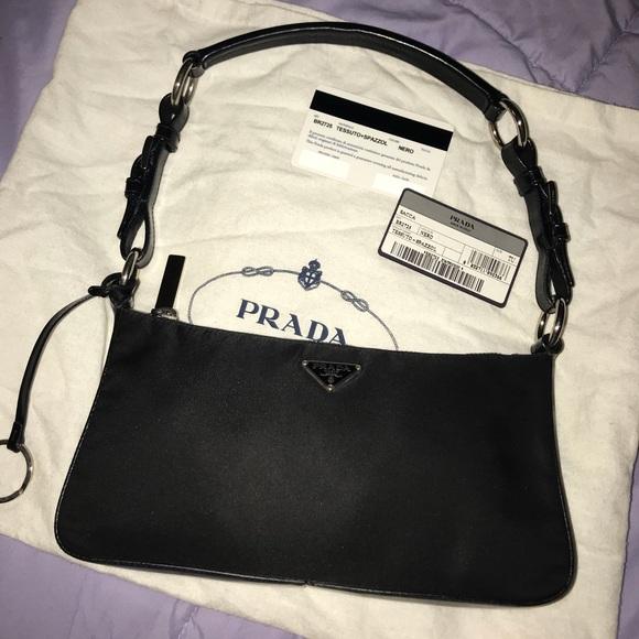 """Authentic """"vintage"""" Prada nylon pouch purse BR2725.  M 5ab1d20ea4c4857c77de0d64 9405f907a1"""